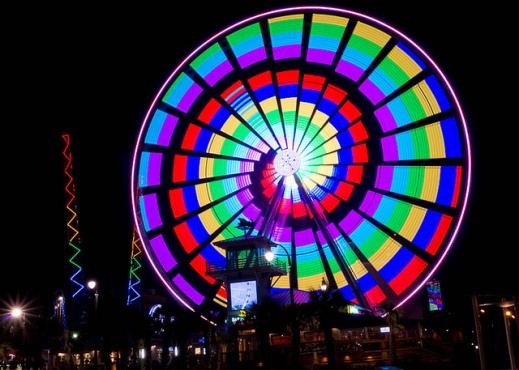 groupon-sky-wheel-in-lights