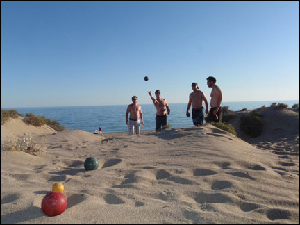 BeachBocceAction